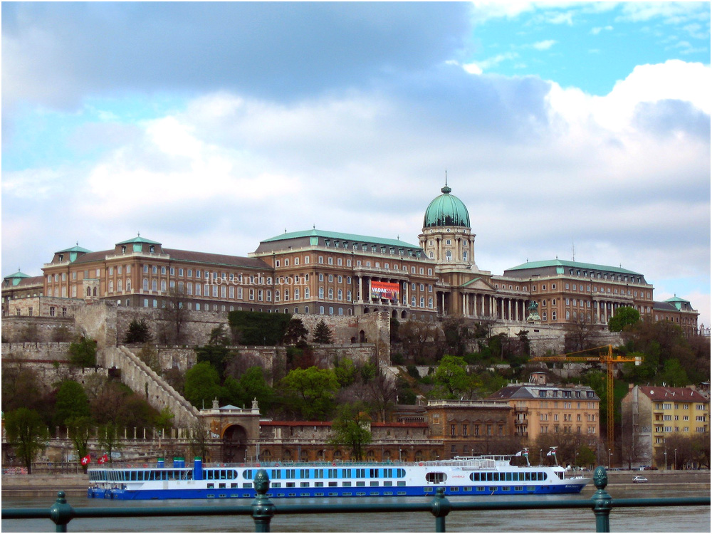 Budapest for the meditourist